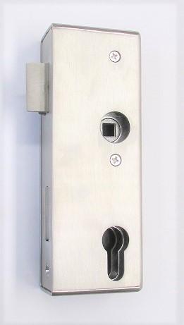 79201 - Edelstahl Schlosskasten geschliffen K240, mit verzinktem Einsteckschloss, 172 x 60 x 40 mm