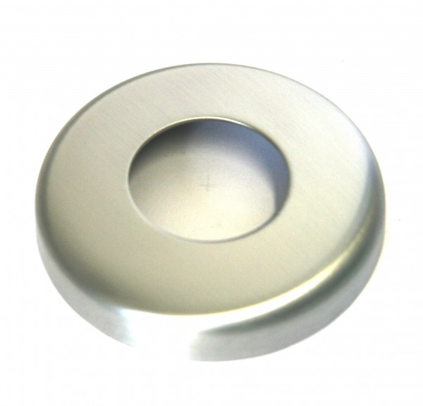 Edelstahlrosette geschliffen K240 Außendurchmesser 125 mm, mit Mittelloch für 60,3 mm Rohr